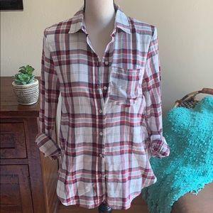 Plaid button down long sleeve shirt